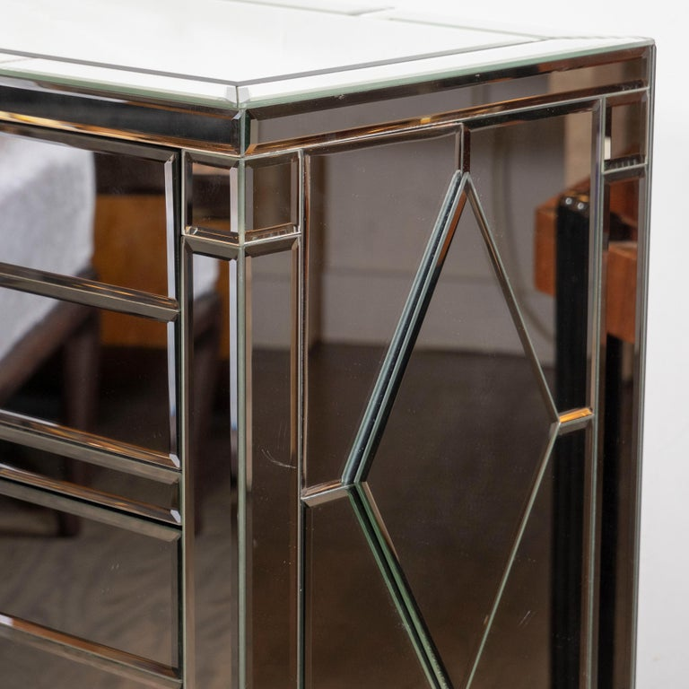 Pair of Hollywood Regency Tessellated Mosaic Mirrored Nightstands/End Tables For Sale 4