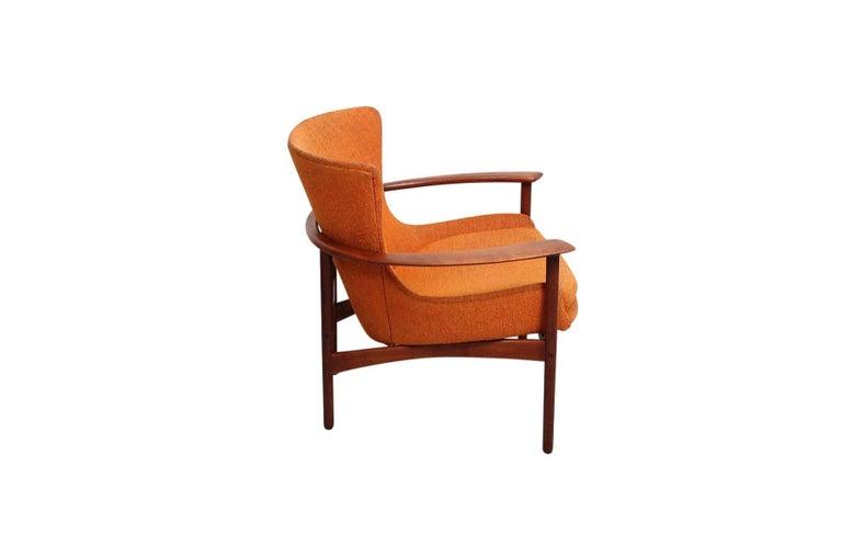 "Danish Pair of ""Horseshoe"" Lounge Chairs by Kofod-Larsen For Sale"