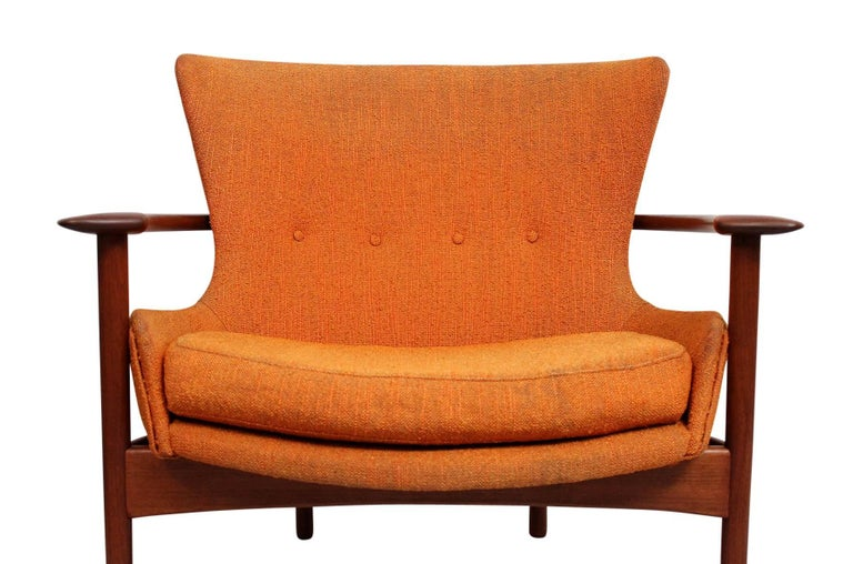 """Pair of """"Horseshoe"""" Lounge Chairs by Kofod-Larsen For Sale 1"""