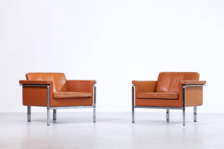 Nice pair of Horst Bruning lounge chairs.