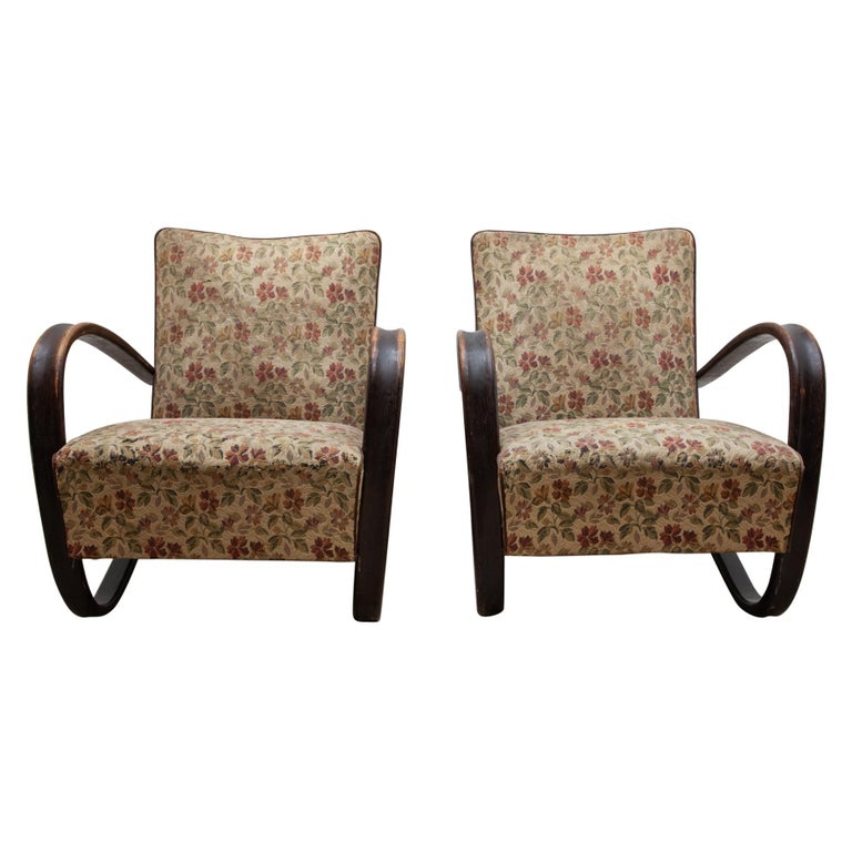 Pair of iconic H-269 lounge chairs by Jindrich Halabala for UP Závody Brno 1930s For Sale