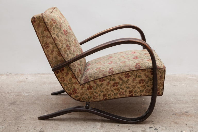 Czech Pair of iconic H-269 lounge chairs by Jindrich Halabala for UP Závody Brno 1930s For Sale