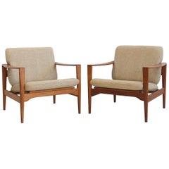 Pair of Illum Wikkelsø Model EK Teak Armchairs with Beige Upholstery