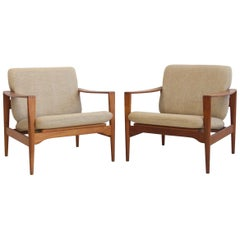 Pair of Illum Wikkelsø Model EK Teak Armchairs with Beige Upholstery