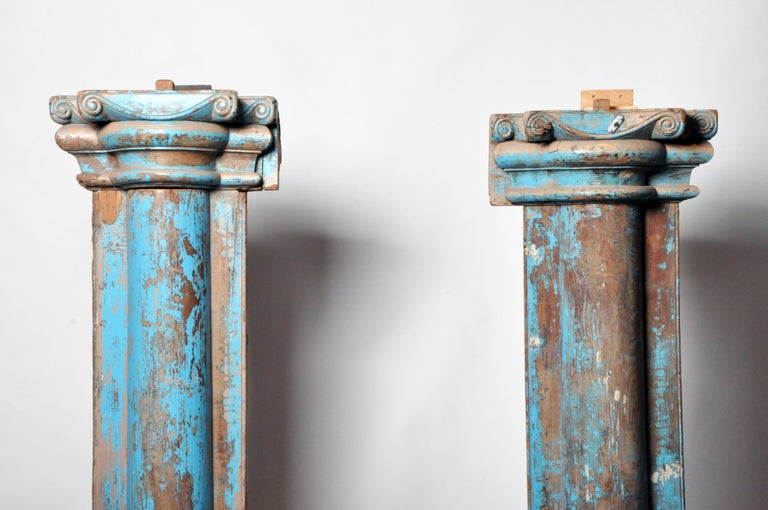 Pair of Indian Columns In Good Condition In Chicago, IL