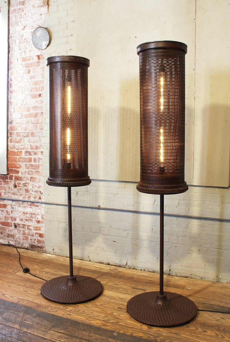 6' Industrial Floor Lamps In Distressed Condition For Sale In Oakville, CT