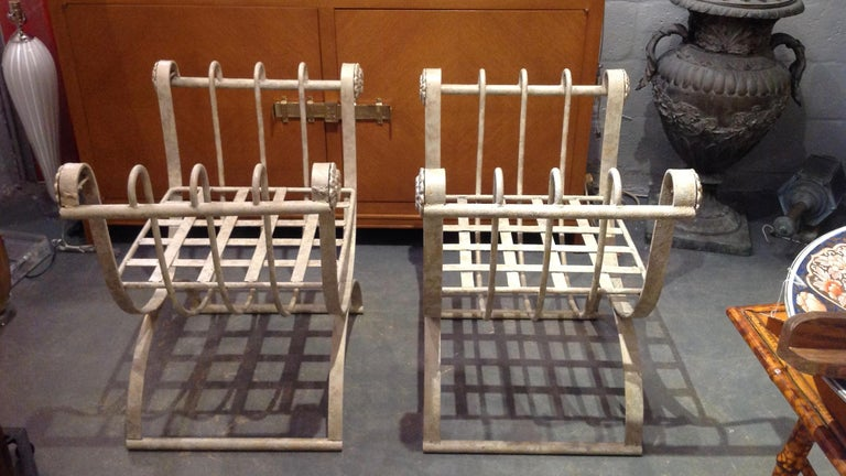 Pair of Iron Curule Benches In Good Condition For Sale In West Palm Beach, FL