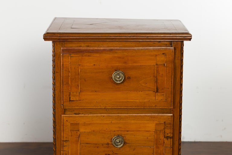 Carved Pair of Italian 1820s Neoclassical Period Walnut Bedside Tables with Two Drawers For Sale