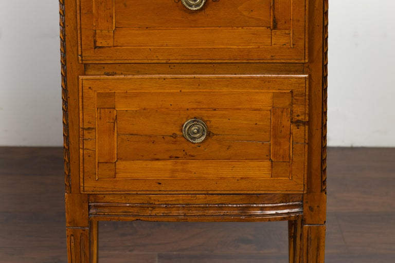 Pair of Italian 1820s Neoclassical Period Walnut Bedside Tables with Two Drawers In Good Condition For Sale In Atlanta, GA