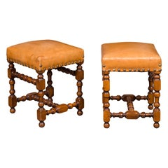 Pair of Italian 1850s Walnut Stools with Leather Top, Turned Legs and Stretcher