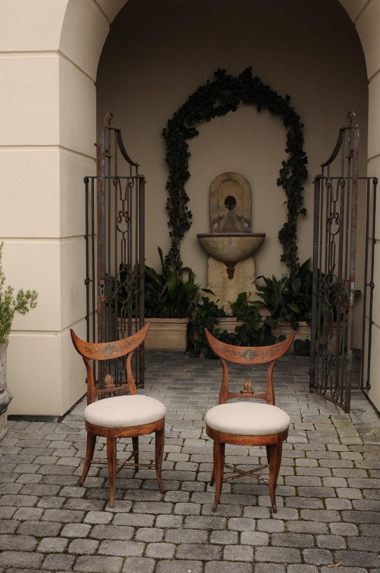 Pair of Italian 1860s Upholstered Side Chairs with Crescent Backs and Saber Legs In Good Condition For Sale In Atlanta, GA