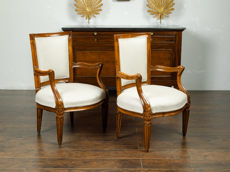 Pair of Italian 1860s Walnut Armchairs with Tapered Legs and New Upholstery In Good Condition For Sale In Atlanta, GA