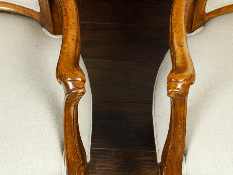 Pair of Italian 1860s Walnut Armchairs with Tapered Legs and New Upholstery For Sale 5