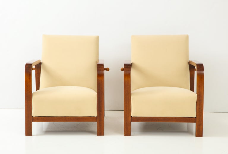 Pair of Italian 1930s Palisander Wood Adjustable Armchairs In Excellent Condition For Sale In New York, NY