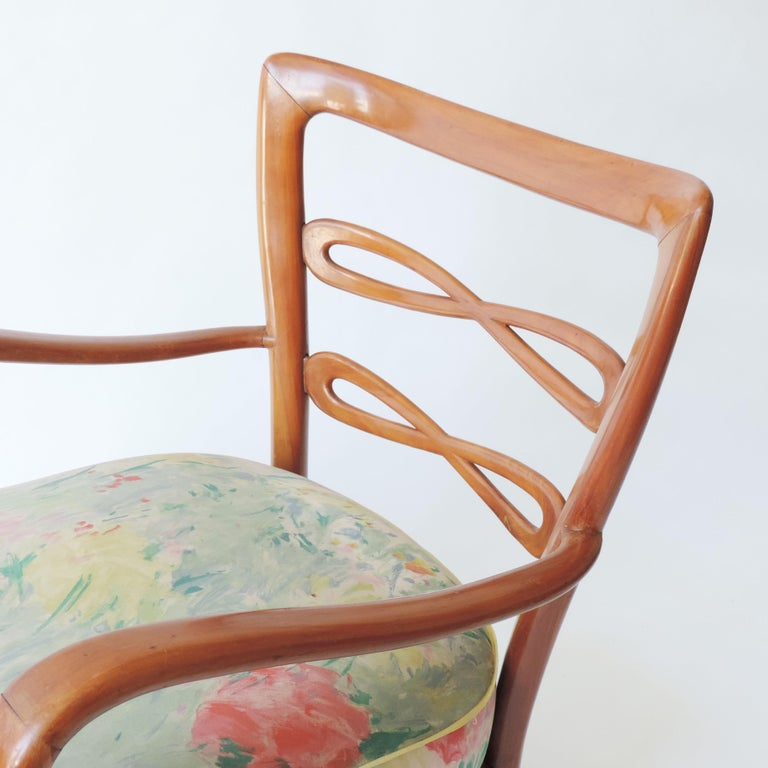 Pair of Italian 1940s Cherry Wood Armchairs For Sale 7