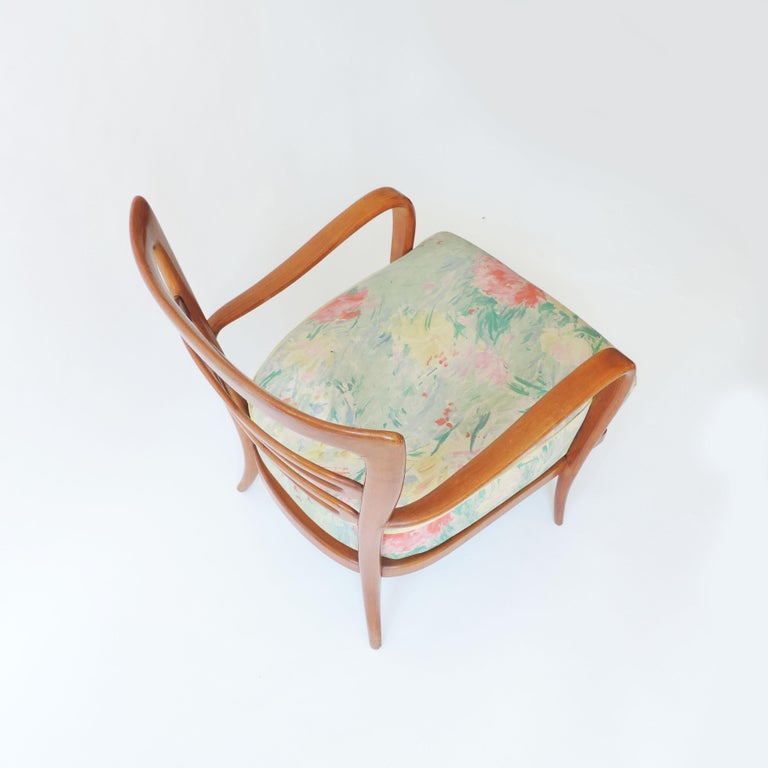Mid-Century Modern Pair of Italian 1940s Cherry Wood Armchairs For Sale
