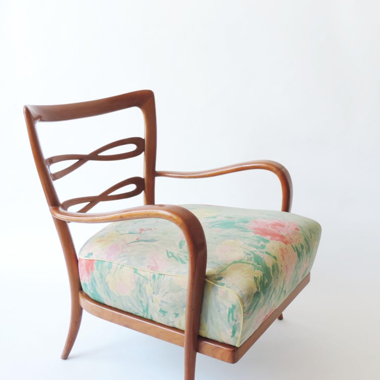 Pair of Italian 1940s Cherry Wood Armchairs In Good Condition For Sale In Milan, IT