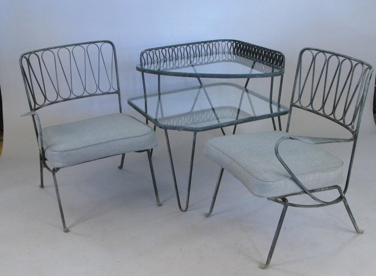 American Pair of Italian 1950s Lounge Chairs and Table by Salterini For Sale