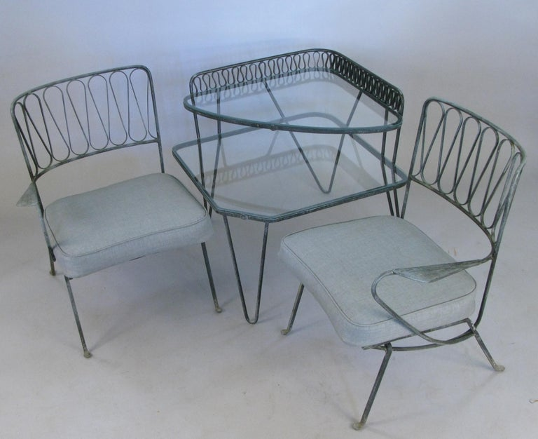 Pair of Italian 1950s Lounge Chairs and Table by Salterini In Good Condition For Sale In Hudson, NY