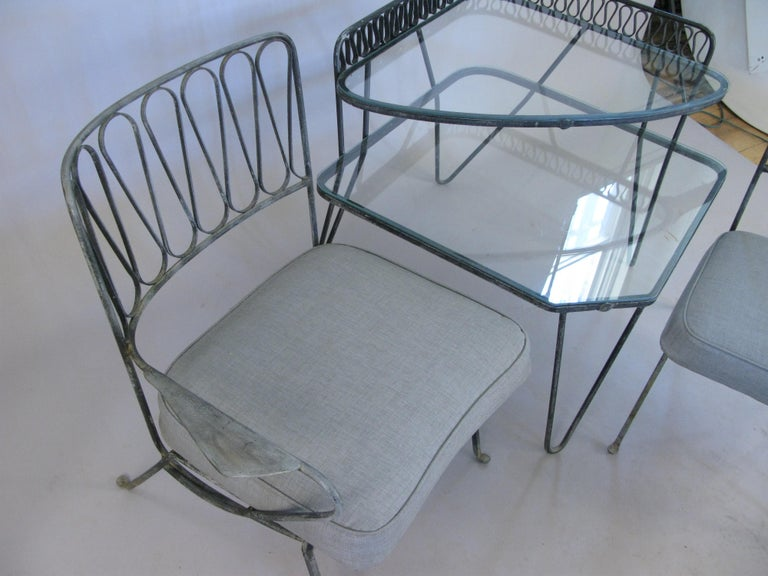 Pair of Italian 1950s Lounge Chairs and Table by Salterini For Sale 1