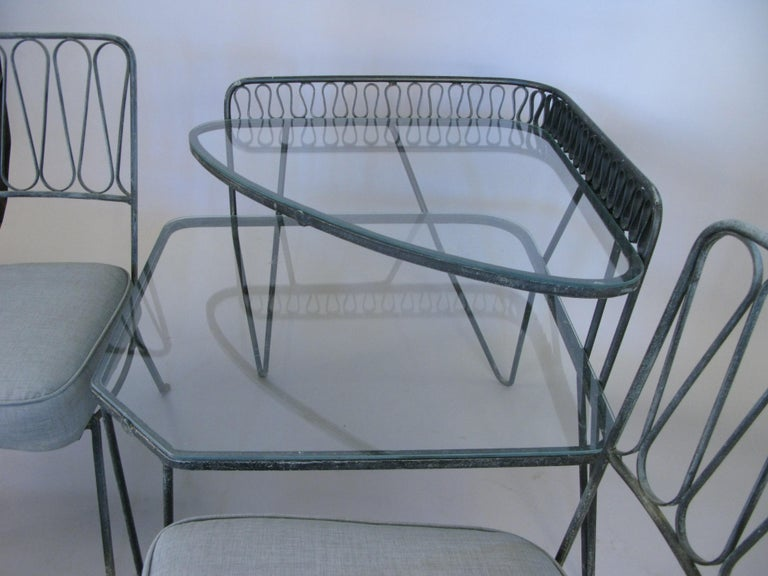 Pair of Italian 1950s Lounge Chairs and Table by Salterini For Sale 2