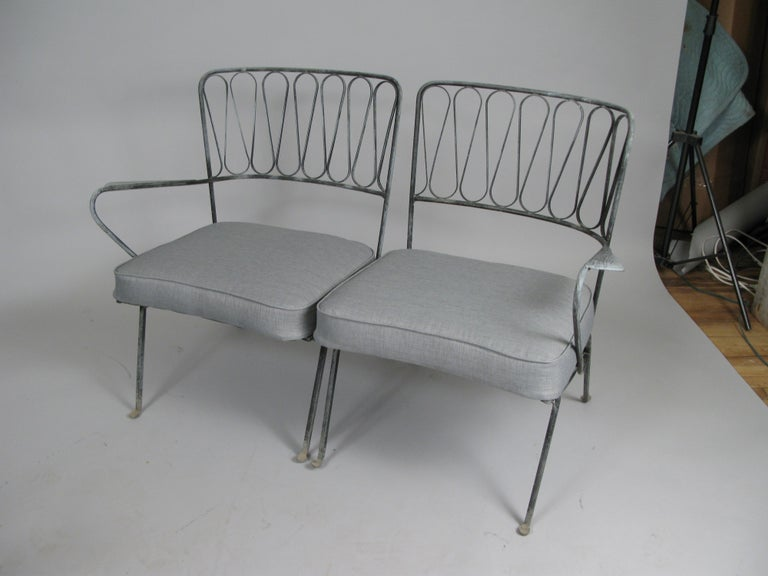 Pair of Italian 1950s Lounge Chairs and Table by Salterini For Sale 4