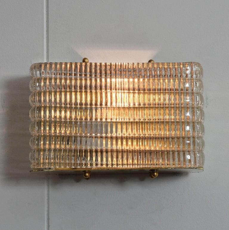 Mid-Century Modern Pair of Italian 1950s Seguso Murano Rectangular Glass and Brass Wall Lights For Sale