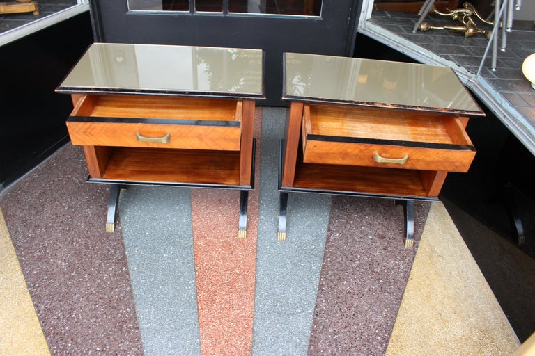 Mid-Century Modern Pair of Italian 1950s Side Tables For Sale