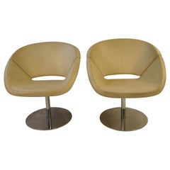 Pair of Italian 1990s White Leather Swivel Chairs on Chrome Bases