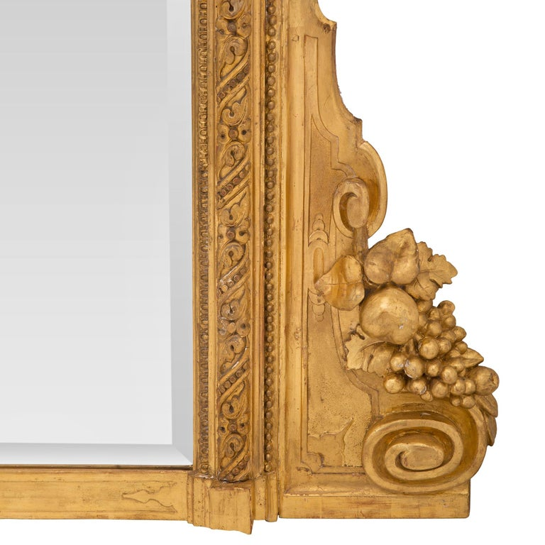 Pair of Italian 19th Century Lombardi Giltwood Mirrors For Sale 5
