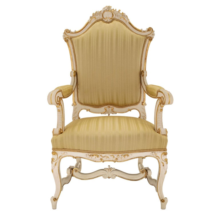 Pair of Italian 19th Century Patinated and Giltwood Venetian Armchairs For Sale 8