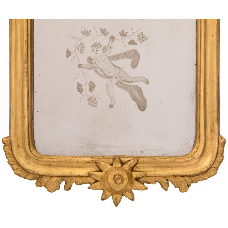 Pair of Italian 19th Century Venetian Style Giltwood Mirrors For Sale 4