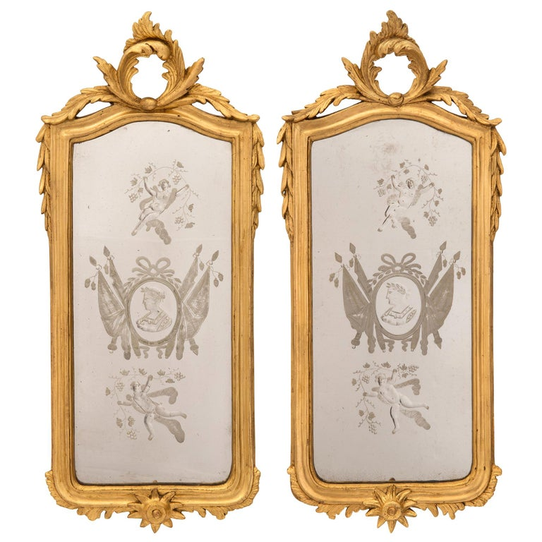 Pair of Italian 19th Century Venetian Style Giltwood Mirrors For Sale