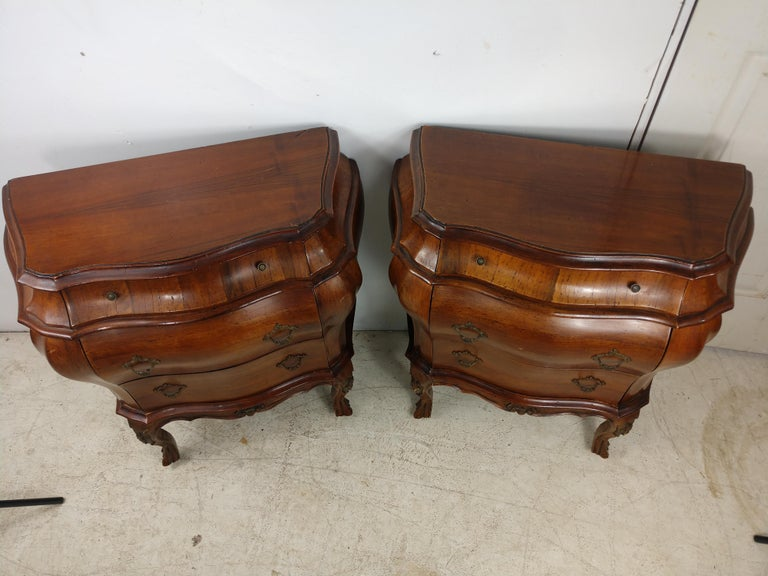 Pair of Italian 3 Drawer Bombe Commodes Night Tables, C1955 For Sale 5