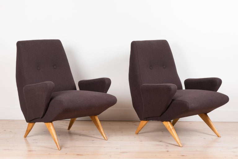 Pair of Italian armchairs by Nino Zoncada.