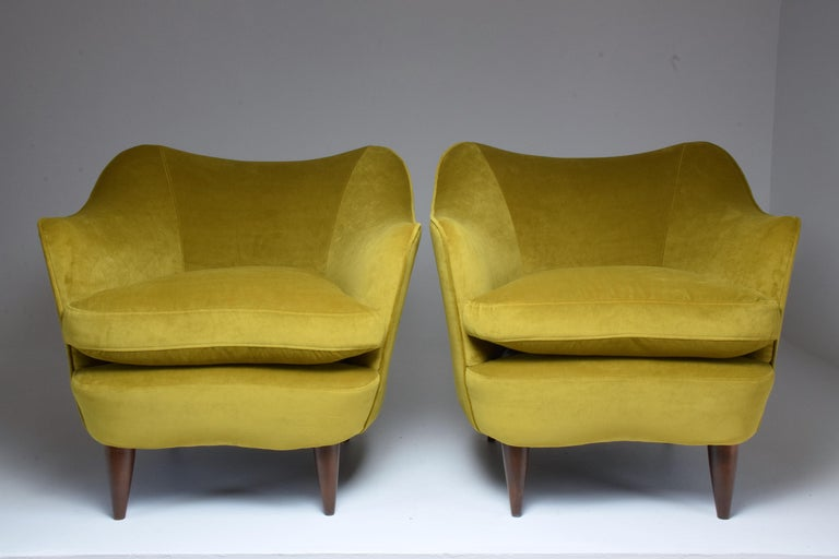 Pair of Italian Armchairs by Gio Ponti for Casa e Giardino, 1930s In Good Condition For Sale In Paris, FR