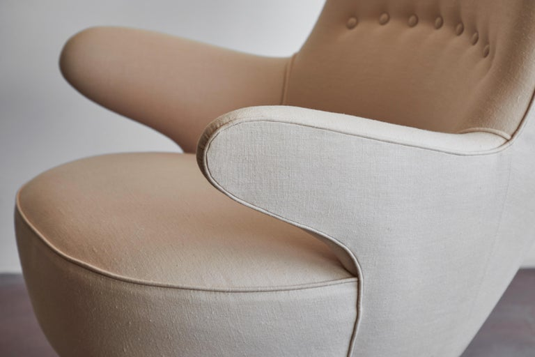 Pair of Italian Armchairs For Sale 10