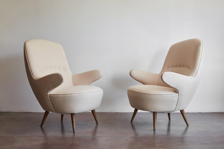 Pair of Italian Armchairs In Good Condition For Sale In Los Angeles, CA