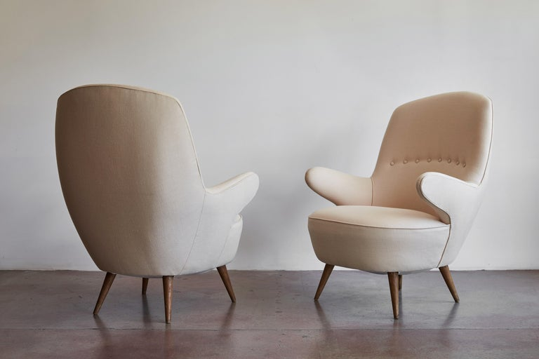 Mid-20th Century Pair of Italian Armchairs For Sale