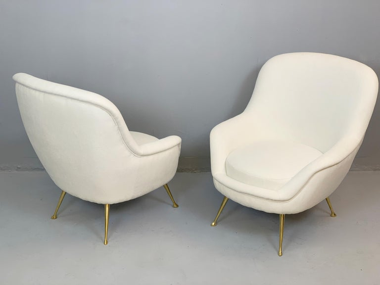 20th Century Pair of Italian Armchairs For Sale