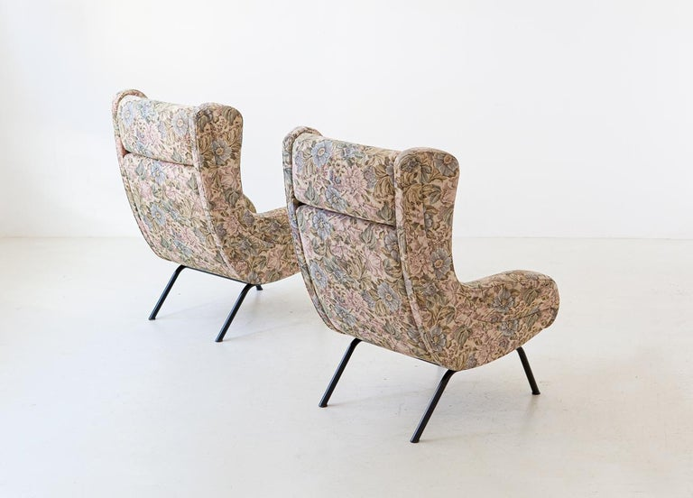 Iron Pair of Italian Armchairs For Sale