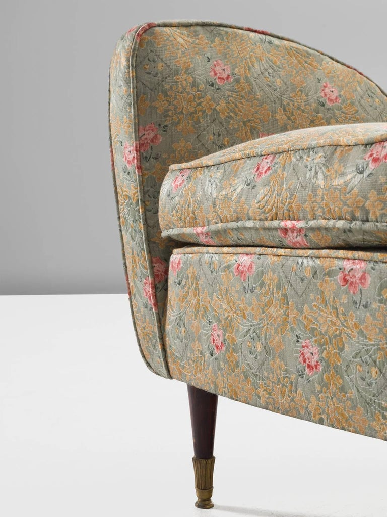 1950s Pair of Italian Armchairs in Floral Upholstery For Sale
