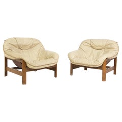 Pair of Italian Armchairs in Leather Beige and Wood