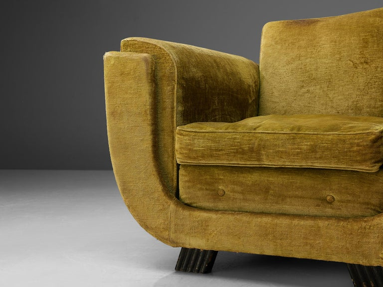 Pair of Italian Art Deco Armchairs with Curved Frame For Sale 2