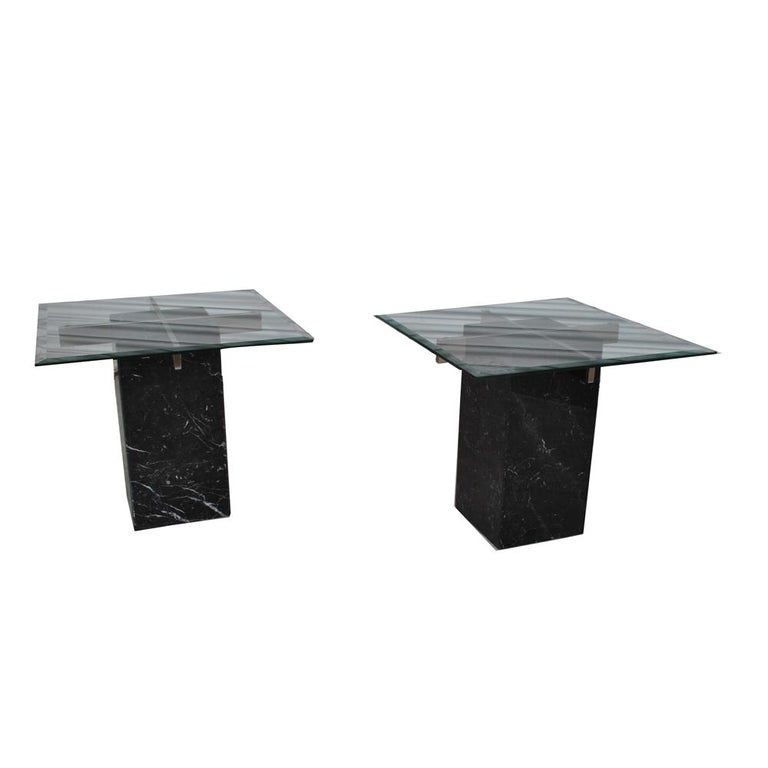Pair of Italian Artedi Marble Glass Side Tables In Good Condition For Sale In Pasadena, TX
