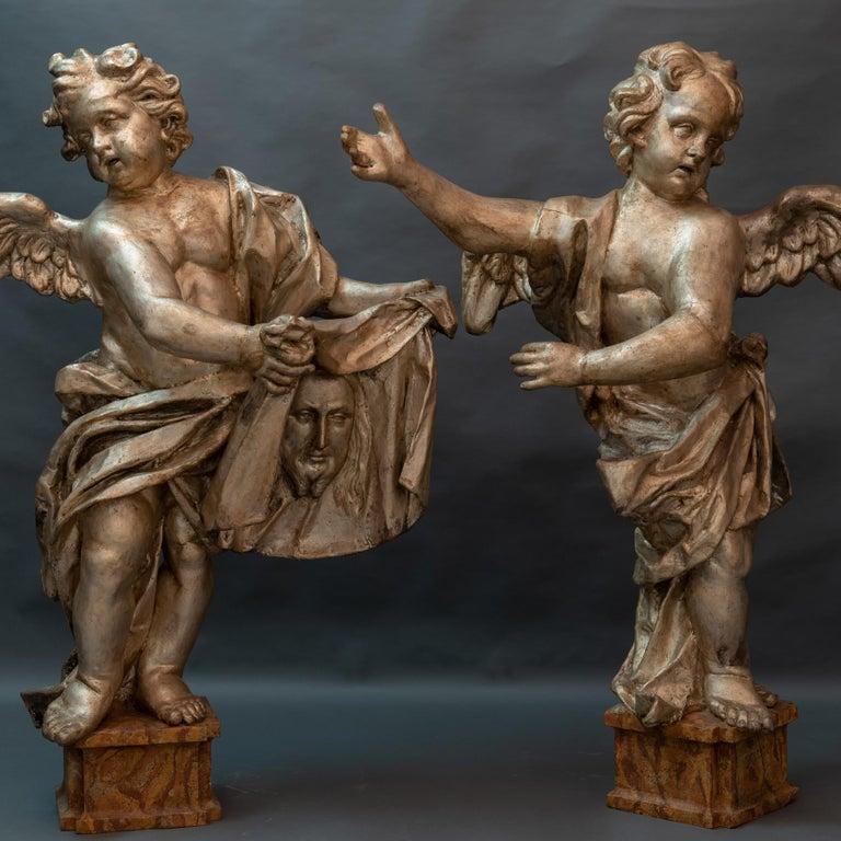 Pair of Italian Baroque Sculptures Period Papier Mâché Angels For Sale 4