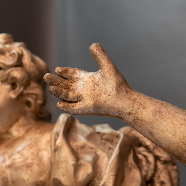 Lacquered Pair of Italian Baroque Sculptures Period Papier Mâché Angels For Sale