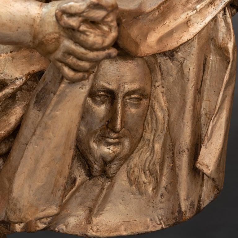 Pair of Italian Baroque Sculptures Period Papier Mâché Angels In Good Condition For Sale In Paris, FR
