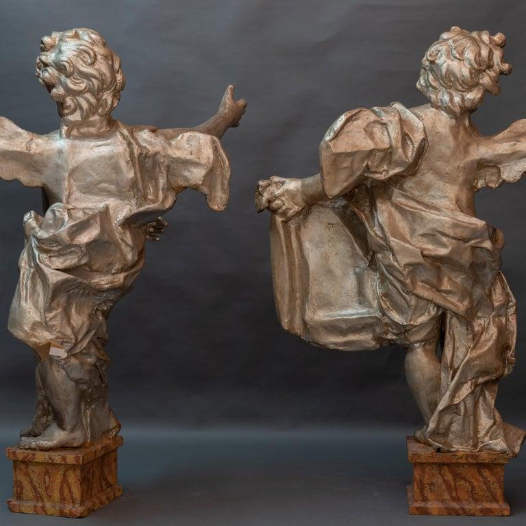 Pair of Italian Baroque Sculptures Period Papier Mâché Angels For Sale 1