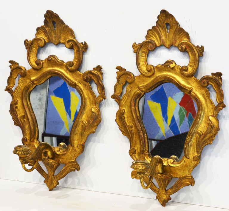 Pair of Italian Baroque Style Carved Giltwood Mirror Wall Sconces, Mid 20th C. In Good Condition For Sale In Ft. Lauderdale, FL